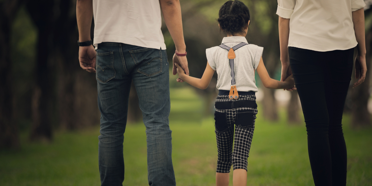 PARENTS. DIVORCE, DAUGHTER