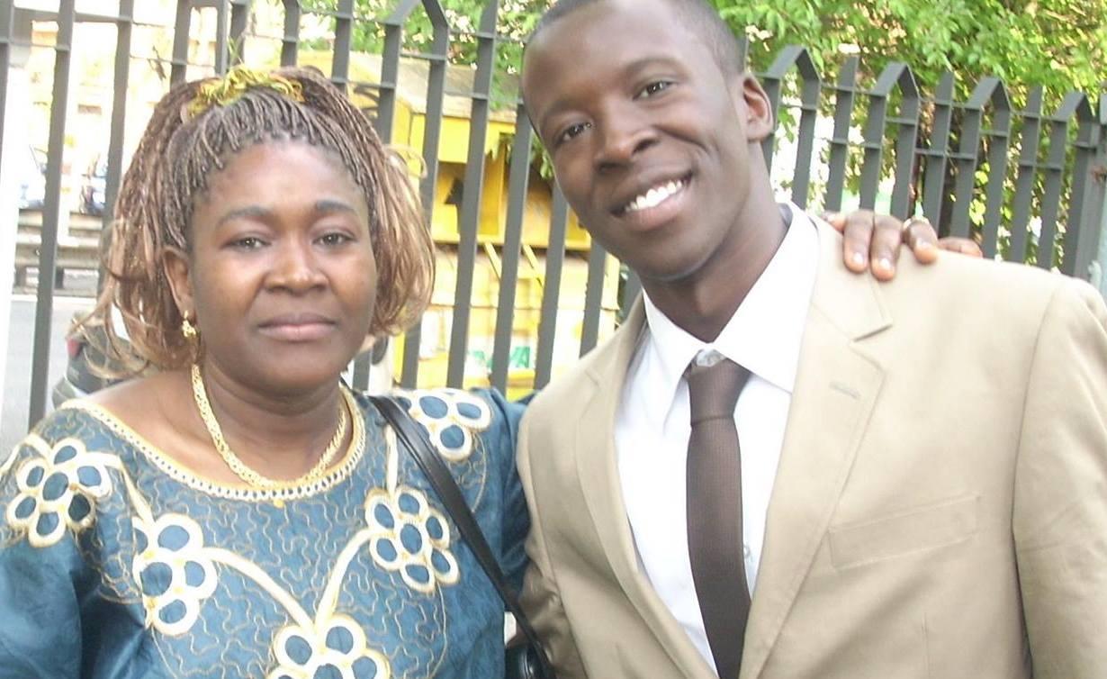 Marguerite Tshibalu con su hijo