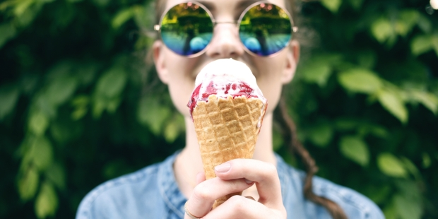 GIRL, EAT, ICE CREAM