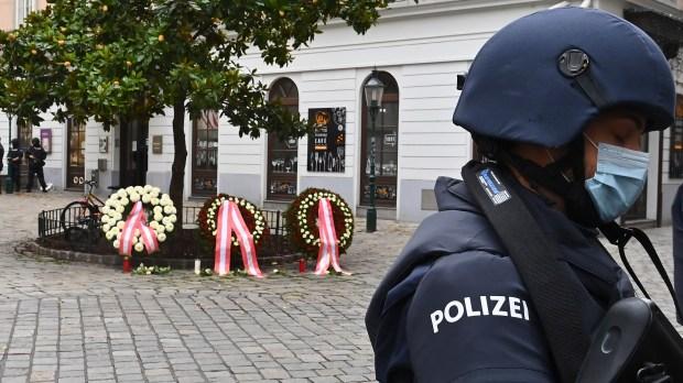 WEB2-ATTENTAT-VIENNE-AFP-000_8UF9UT.jpg