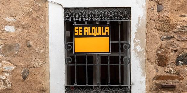SE ALQUILA
