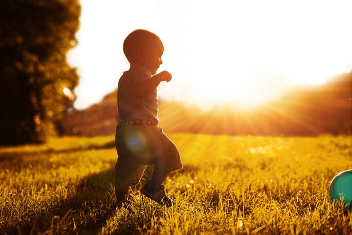 CHILD, FIRST STEPS