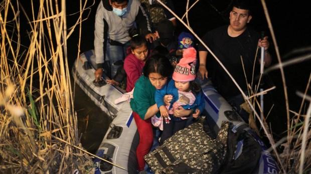 migrants us border