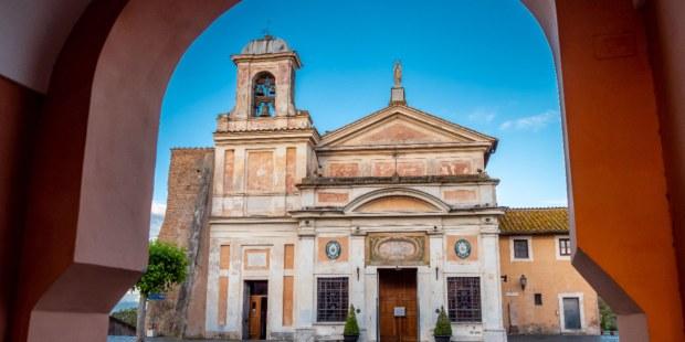 Santuario de la Virgen milagrosa del Divino Amor en Roma