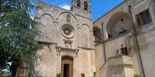 Las espectaculares Iglesias Rupestres de la ciudad de Matera en Italia