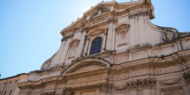 La maravillosa iglesia barroca en Roma dedicada a san Ignacio de Loyola