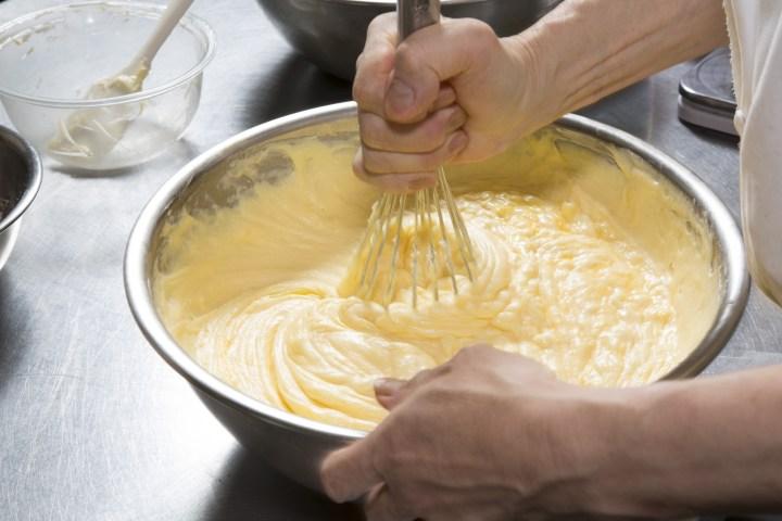 Cake,Making