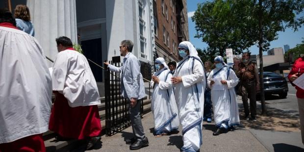 (GALERÍA) Revive la Procesión de Corpus Christi
