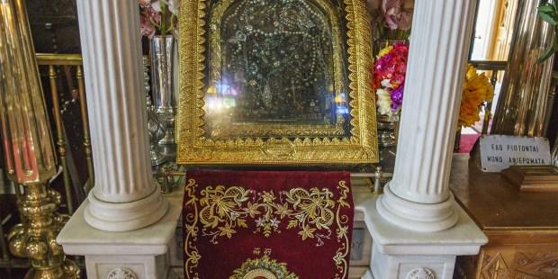 """Santuario de la Virgen María de Tinos, la """"Lourdes del Egeo"""""""