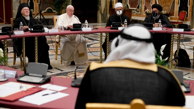 Pope-Francis-Meeting-on-the-Global-Educational-Pact-Clementine-Hall-Vatican-Vatican-Media-CPP