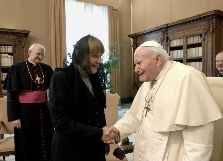 Pope-John-Paul-II-Merkel